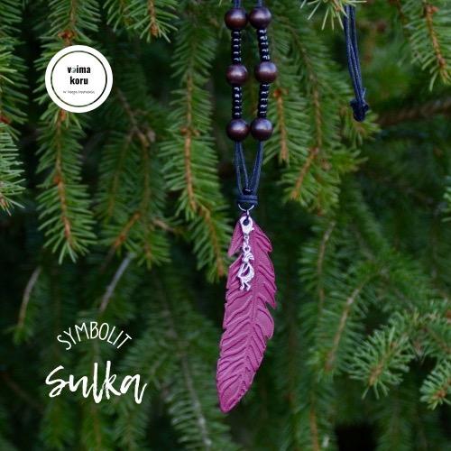 Amuletti Sulka symboli Poronnahka koru Voimakoru Kolmas Silmä Saaga Saarnisola